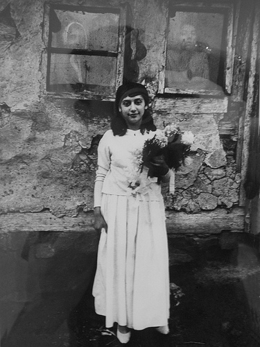joseph-koudelka-young-gypsy-bride1